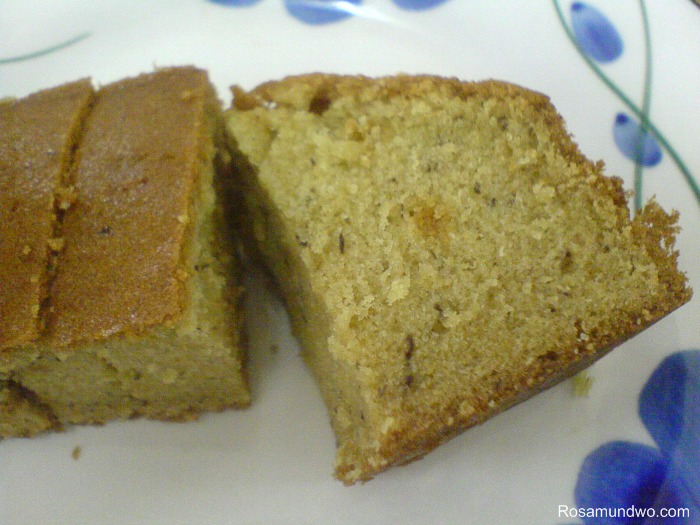 how to make banana cake with plain flour